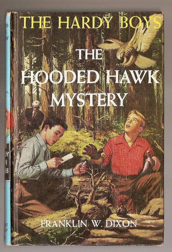 Vintage HARDY Boys hardback Book HOODED HAWK Mystery Franklin W Dixon 1954