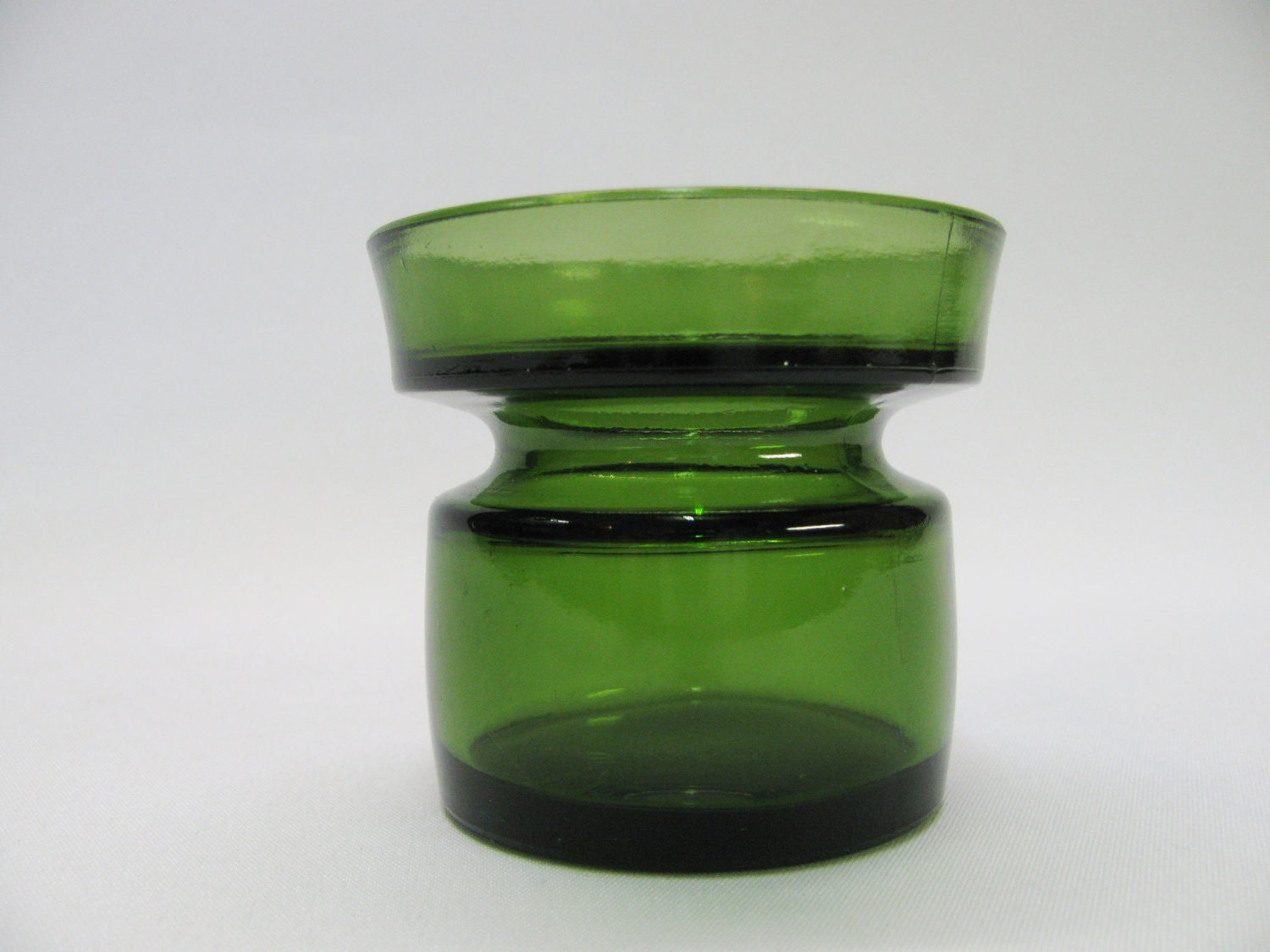 dansk designs ltd ihq green glass candleholder. Black Bedroom Furniture Sets. Home Design Ideas