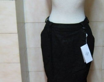Striking Couture Retro Locking Shocking Run way skirt Deadstock BNWT small/medium