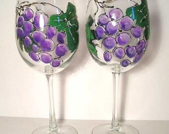 Grapevine White  or Red Wine Glass