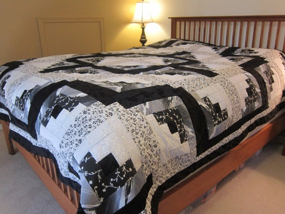 Black Sparkle Log Cabin Quilt (King Size)-QuiltsbyShirley