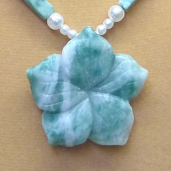 Ching Hai Carved Flower pendant necklace, earrings set