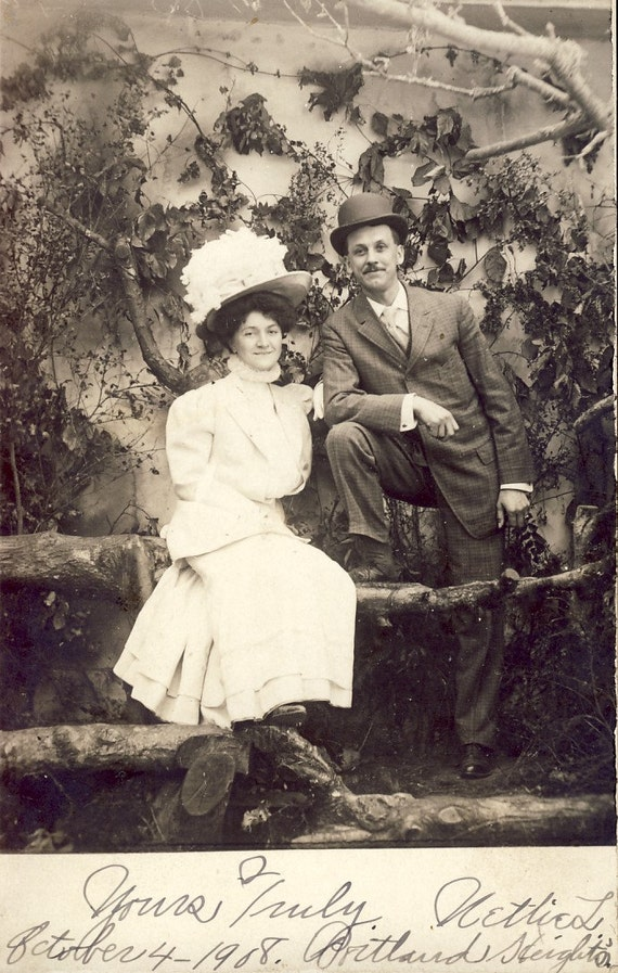 HUGE BEAUTIFUL HAT on Portland Oregon Woman and Man with Bowler Hat Wonderful Ivy Covered Backdrop 1908