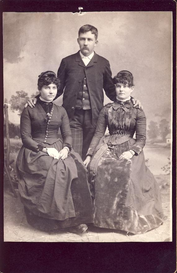 Beautiful VELVET VICTORIAN DRESS on Woman Cabinet Photo Circa 1890s