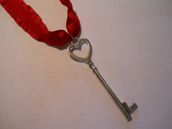 30 Seconds to Mars Hurricane Inspired Key Necklace Jared Leto