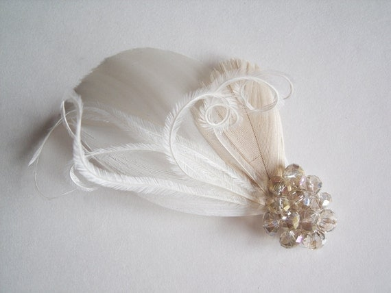 Feather Fascinator - Bridal Fascinator - Feather Hair Clip - Bridal Feather Hair Clip - Champagne Hair Clip
