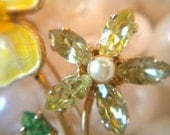 Vintage Brooch, Flower, Yellow, Enamel, Rhinestones, Pearls