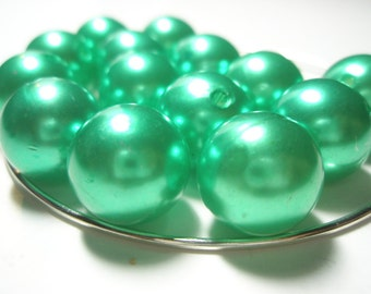 NEW - Basketball Wives Inspired - PEARLY GREEN Beads Spacers  -(16 mm) -  - 12 pieces