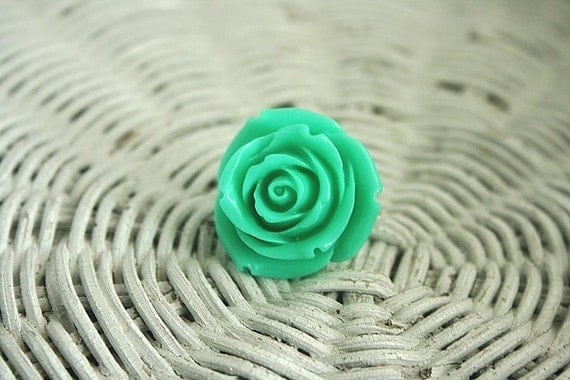 Minty Rose ring
