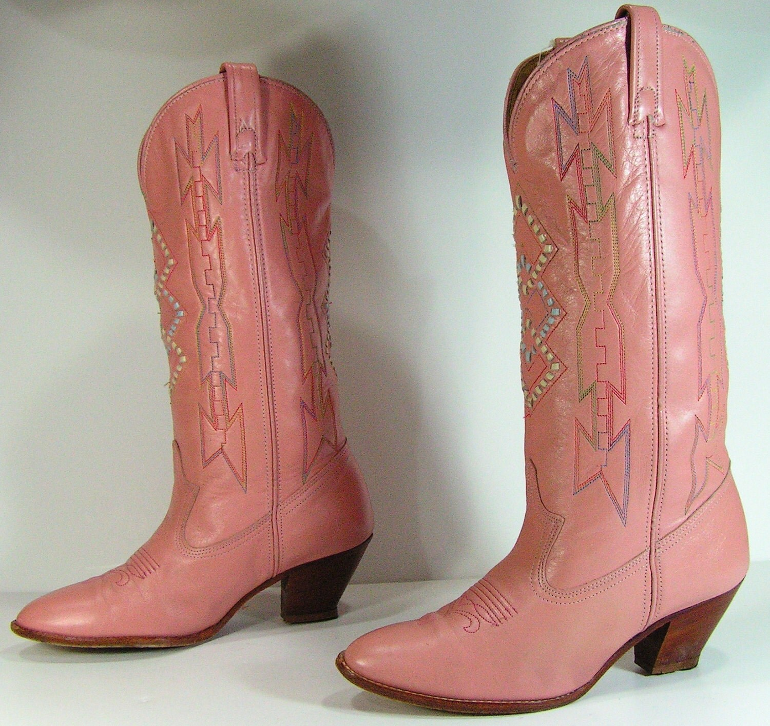 Fashion cowboy boots for women