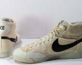 vintage 1980s Nike hightop shoes tennis basketball mens 10 D white black sam malone cheers