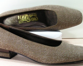 salvatore ferragamo shoes womens 7.5 b m pumps leather suede brown low heel