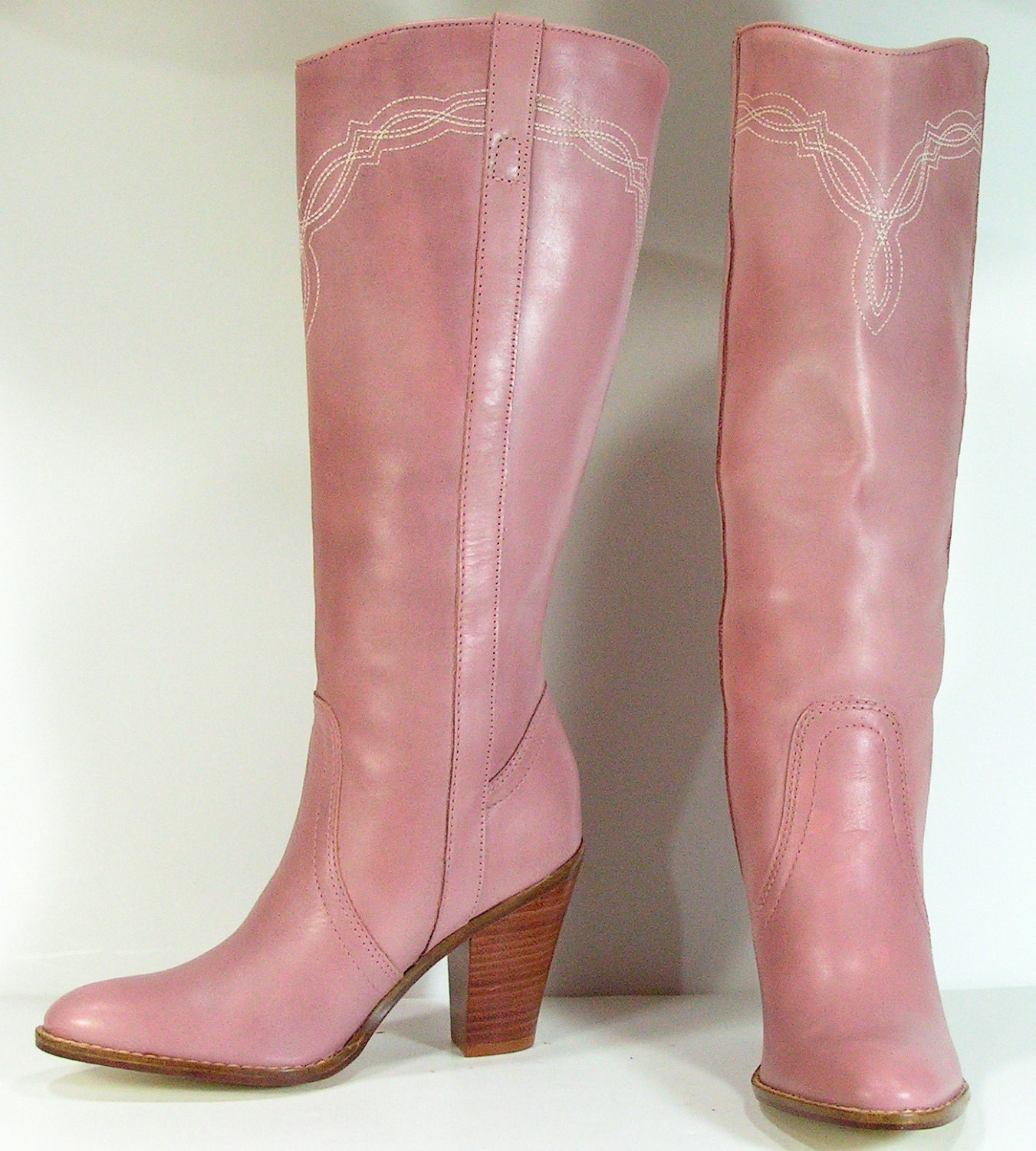 knee high boots womens 6 5 b pink leather heeled