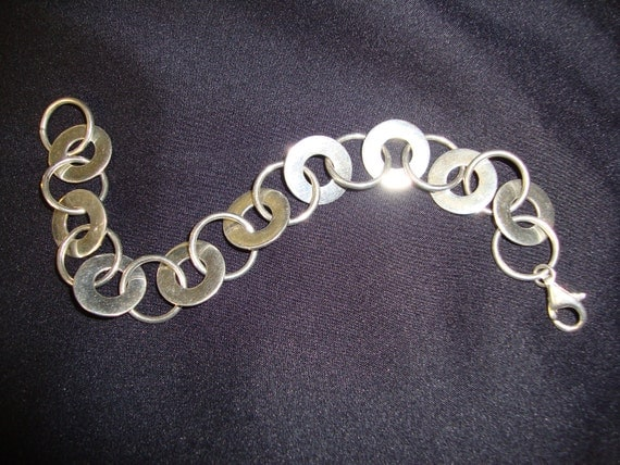Sterling Silver Circle Chain Bracelet with Lobster Clasp