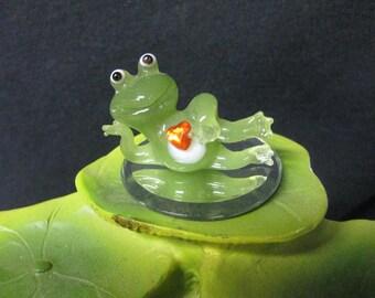 Miniature Glass Love Frog