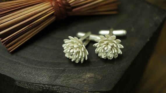 Chrysanthemum Cuff Links