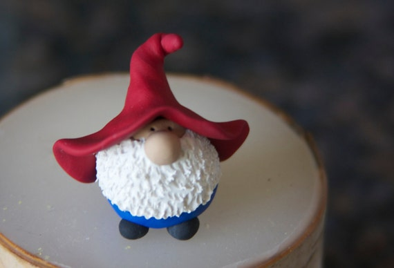 Mr. Red Hat Blue Pants Gnome