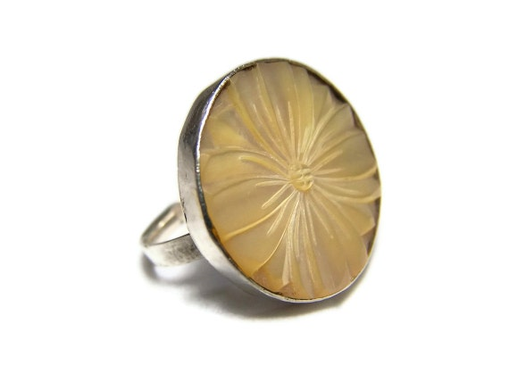 Vintage Flower Ring Sterling Silver  MOP Shell Adjustable