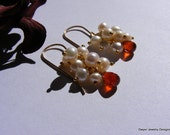 Le grenat Spessartite orange et Fresh Water boucles d'oreilles perles blanches.