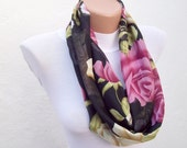 infinity scarf Loop scarf Neckwarmer Necklace scarf Fabric scarf black pink cream