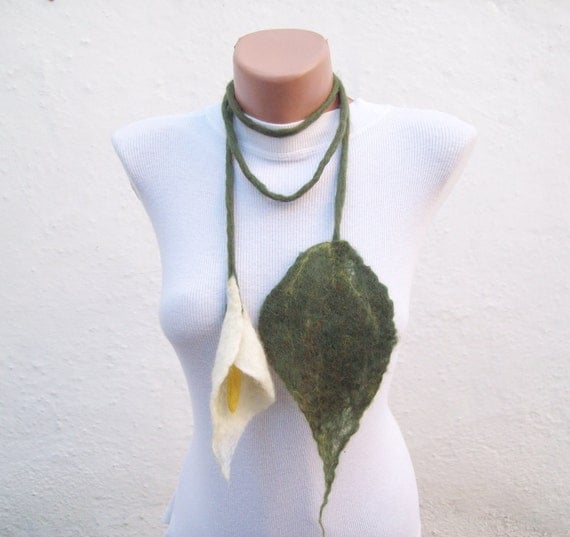 Felted Flower  Scarf Necklace Green Cream  Lariat Scarf  Fall Fashion  Holiday Accessories Spring Celebrations