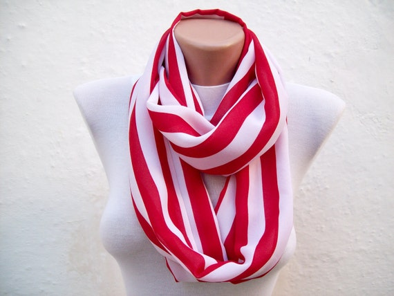 infinity scarf Loop scarf Neckwarmer Necklace scarf Fabric scarf   White  Red