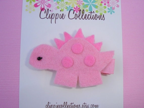 Dino Fabulous clippie - Dinosaur wool felt hair clip - pink and light pink - no slip