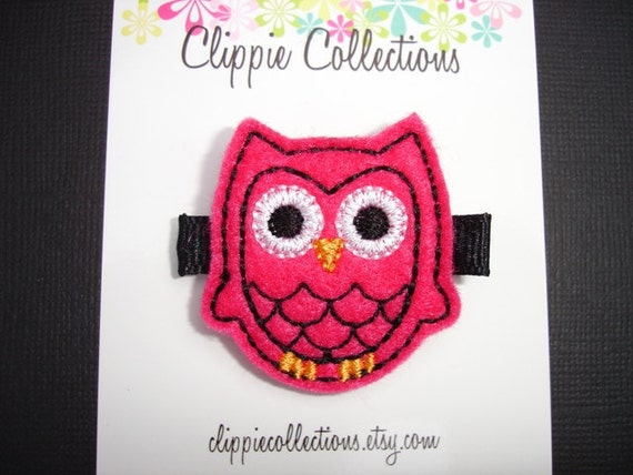Little Hootie clippie - Shocking pink and black felt owl hair clip - no slip