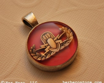 EOD Pretty-in-Pink Her Hero Lucite Pendant