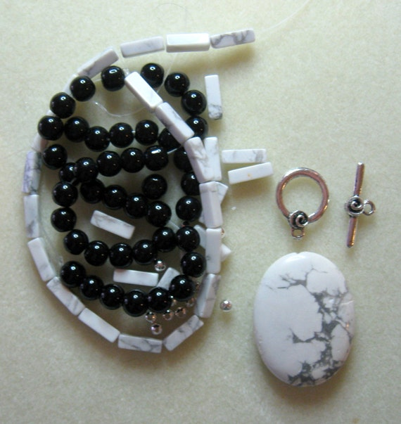 Howlite Glass Pewter Silver Pendant Beads Kit Necklaces Jewelry DIY