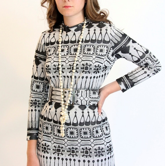 60's mod knitted maxi dress - black and silver - medium 8 10