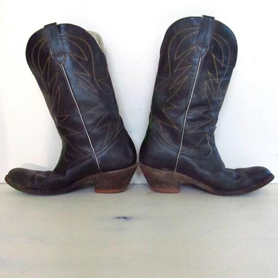 broken in vintage black leather cowboy boots - mens 10.5