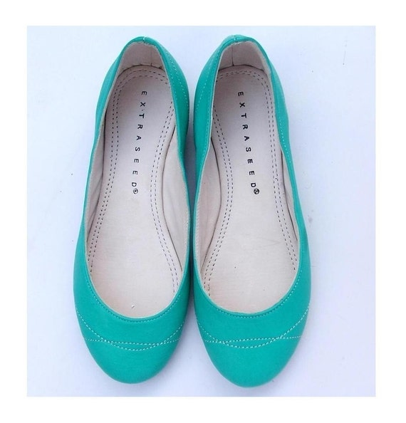 Eco Friendly Slippers: ECO FRIENDLY LEATHER FLAT SUMMER SHOE