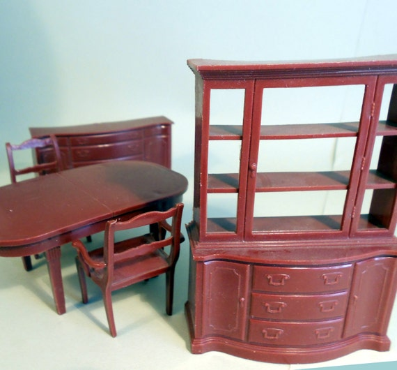 Dollhouse furniture, plastic 1950s dining room by MARX, dollhouse hutch, buffet, table and 2 chairs
