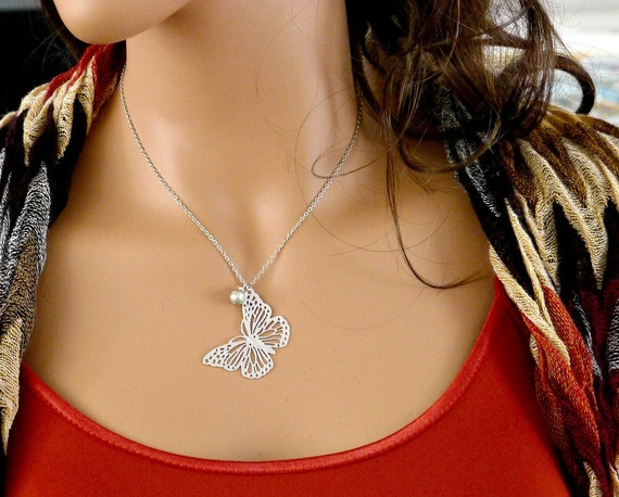 Silver Butterfly Necklace, pearl, balance9