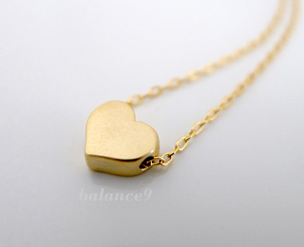 Love Gift Gold Heart Pendant Wallpaper : Heart Necklace Tiny gold heart charm pendant 14k Gold filled