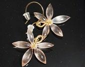 Rose quartz earrings in gold, Grade AA-AAA rose quafrtz flower earrings, gold filled earrings, wire wrapped flower earrings