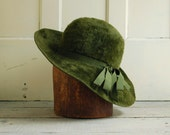 Green Fur Hat by Betmar, Mod Style Mystère Imported Fur Hat, Moss Green