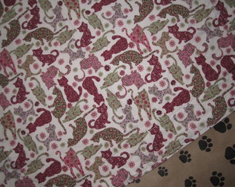 Cotton/Flannel Pet Blanket - Multicolor Kitty Print