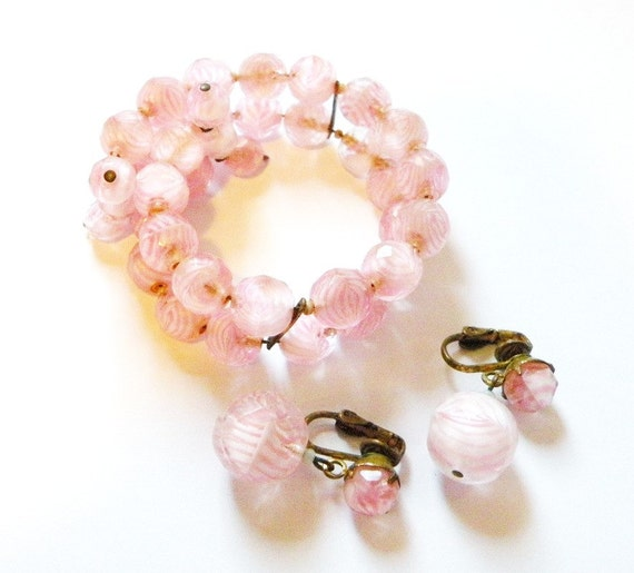 Vintage Swirl Faceted Bead Glass Bracelet and Earring Set baby Pink