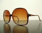 Vintage Sunglasses - Faux Tortoise Shell Oversized Frames & Amber Ombre Lenses