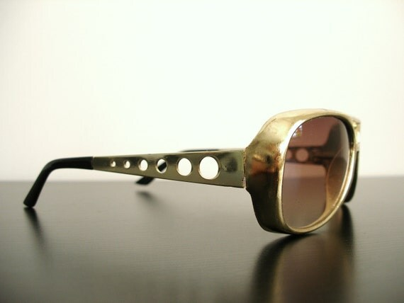 Vintage Elvis Golden Aviator Sunglasses