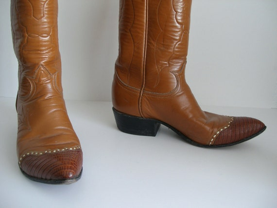 Christmas in July SALE:Vintage Cowboy Boots Lizard Skin & Leather Boots by Tony Lama - Mens 7.5 CIJ SALE
