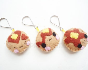 Pancake Keychain or Phone Charm - Food Keychain, Kawaii Keychain, Felt Food, Key Ring, Cell Phone Charm, Party Favors, Stocking Stuffer