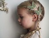 Felt  Butterfly hair Clip . little girl hair clip.  Petite Papillon in Sage, Wine & Vanilla . christmas hair clips . holiday fashion. sage .