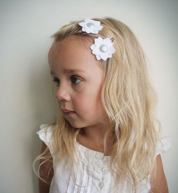 White Flower hair clip -  Little girl hair clip - Handmade hair accessory  Eco Glitter Felt Flower with Silver Sparkle Center