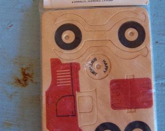 danalco wooden mailer toy