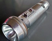 Vintage Ray-O-Vac Sportsman Metal Flashlight - An American Classic