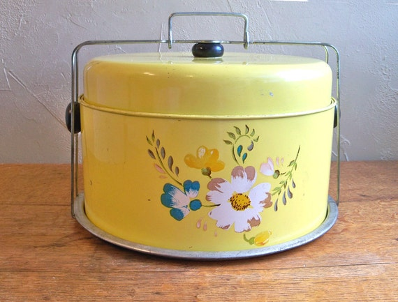 Mid-Century Yellow Cake Carrier Keep With Cake and Pie Compartments