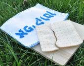Felt Food Afikoman Jewish Passover Set including Matzah and Cover